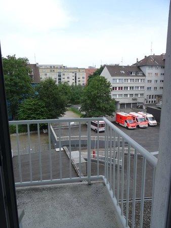 Art Hotel Korschen: Grosser Balkon mit 2 Sitzgelegenheiten