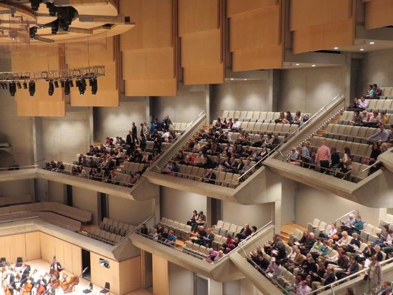 Roy Thomson Hall: Side seating in the auditorium