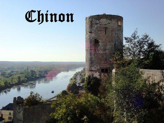 Sainte-Chapelle de Champigny sur Veude : O Castelo onde surgiu Joana Dark.