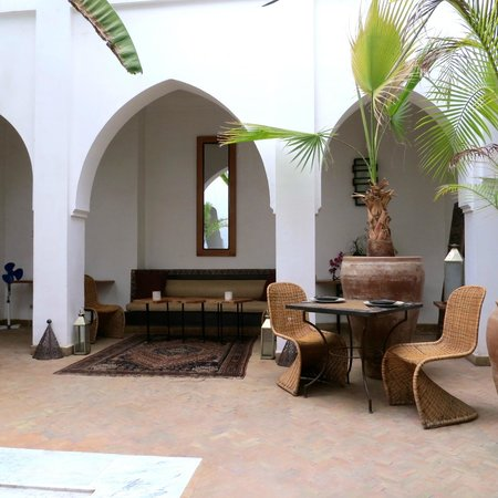 Riad Miski: Downstairs, Inside