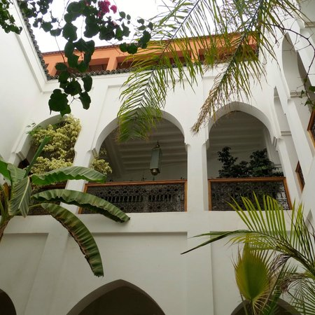 Riad Miski: Inside