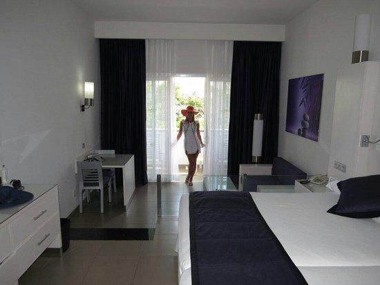 Hotel Riu Palace Mexico: Quarto lindo e limpinho....tudo de bom