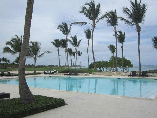 Tortuga Bay Hotel Puntacana Resort & Club: La Cana pool (not at Tortuga but a short golf cart ride)