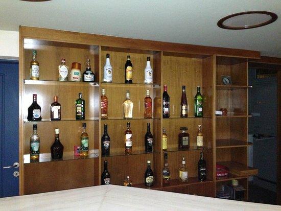 Hotel Bella Pais: Indoor-Bar
