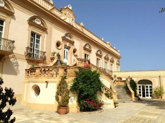 Villa Bonocore Maletto: Bellezza d'altri tempi..