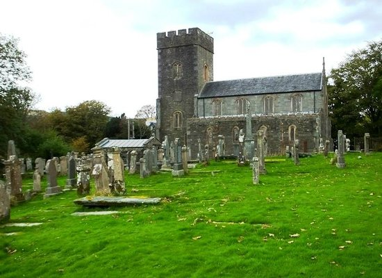 Kilmartin church and graveyard : south side view of the cemetery grounds