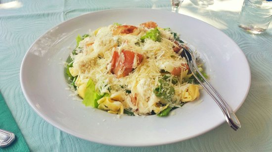 Hotel Romantique: Italian salat