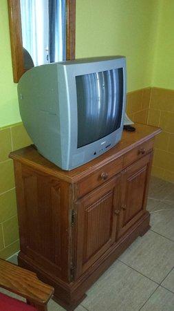 """Atlantis Las Lomas: La """"famosa"""" TV"""
