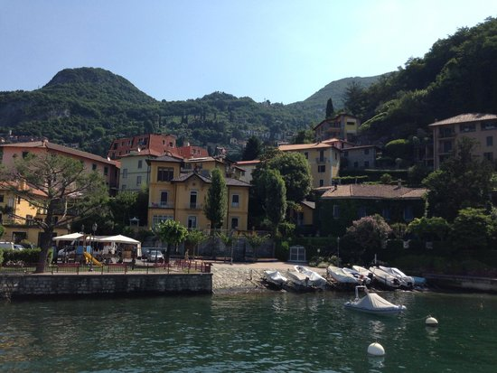 Villa Torretta: View of Villa Toretta as approach on ferry