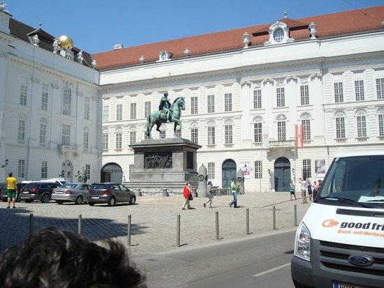 Hofburg: Monumento ao Imperador José II