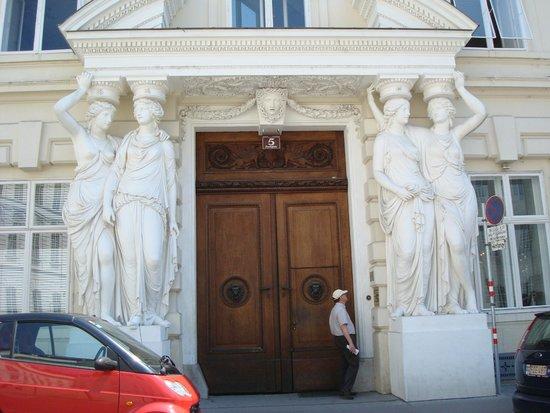 Hofburg: Detalhe das figuras