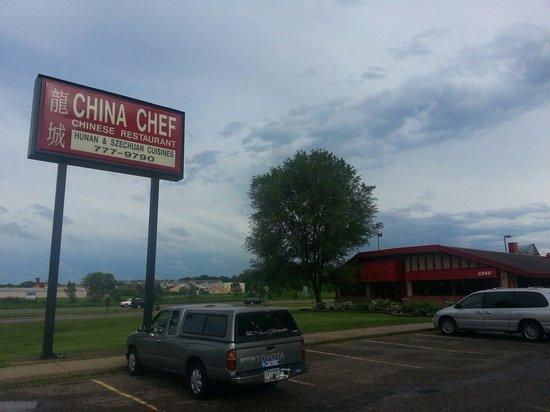 China Chef INC: Exterior