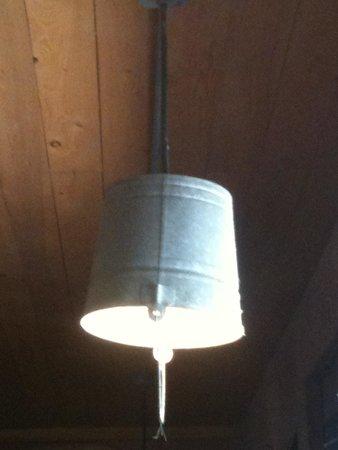 T-Boys Cajun Grill: The tin bucket light shades add to the casual, funky dècor.