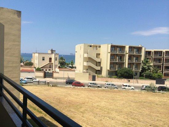 Hotel Alguer: vista mare (parziale) dalla camera 9