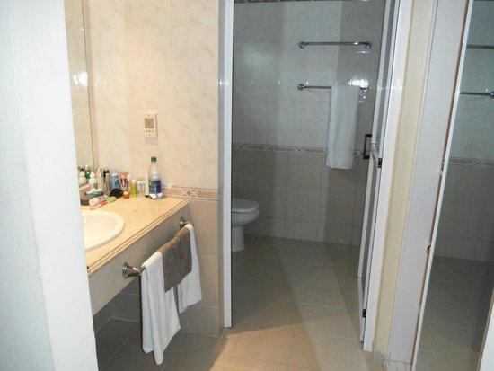 Iberostar Mojito: Bathroom