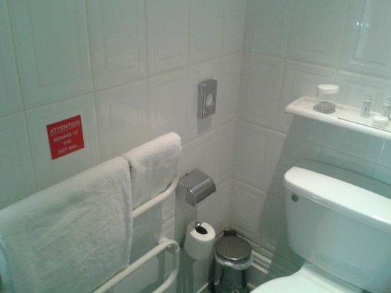 The Met Hotel Leeds: Heated Towel Rail