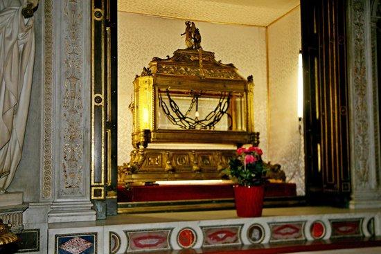 San Pedro Encadenado (San Pietro in Vincoli): Цепи Св. Петра