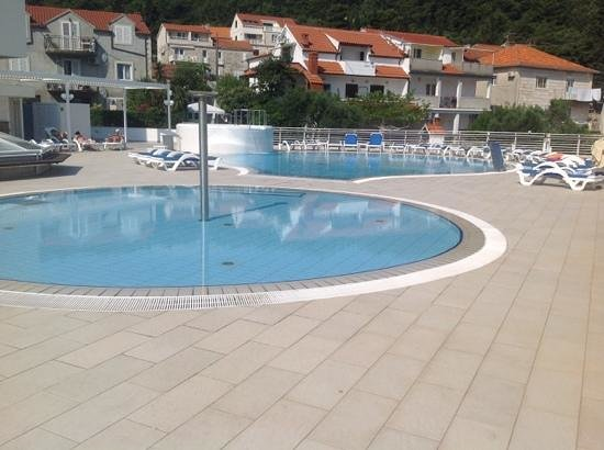 Marko Polo Hotel : Pool view at the Hotel