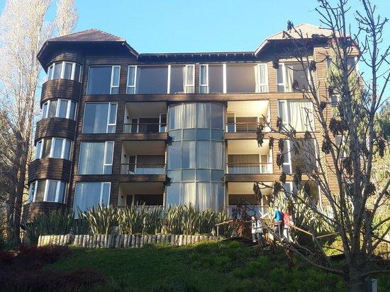 Design Suites Bariloche: Exterior de complejo
