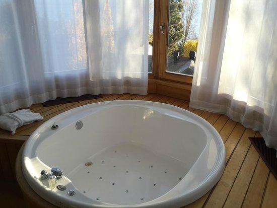 Design Suites Bariloche: Jacuzzi