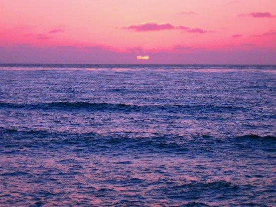 Sunset Cliffs Natural Park: Sunset Cliffs