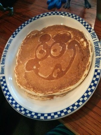 Pete's Breakfast House Restaurant: Kids pancake