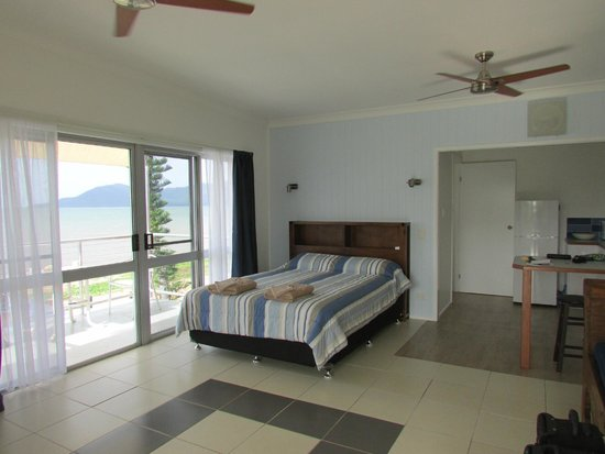 Cardwell Beachfront Motel: Lovely Room x
