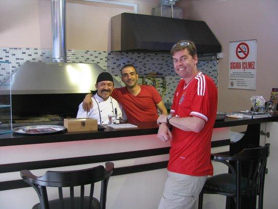 Big Family Kebap: Sahin with the grill Guru!