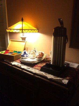 Columbia Hotel: Coffee and tea