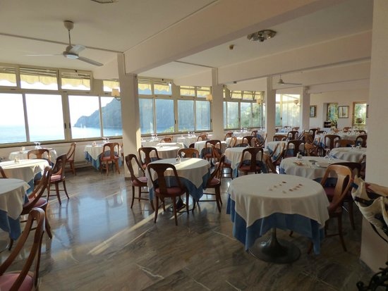 Hotel Porto Roca : Pretty dining room