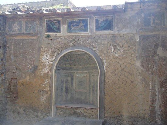 Ruins of Herculaneum: Nice ruins