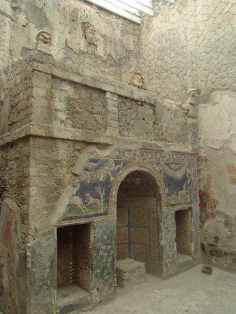 Ruins of Herculaneum: Great ruins