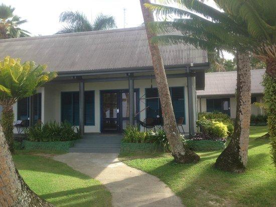 Fiji Hideaway Resort & Spa: Our beach front villa