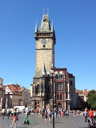 Personal Prague Guide : Old Town Square