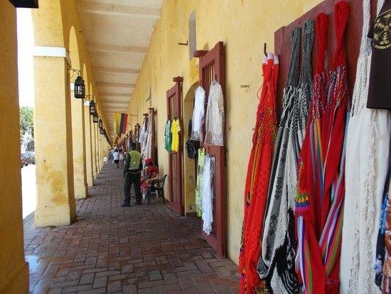 Cartagena de Indias, Colombia. Pasillo de las bóvedas.