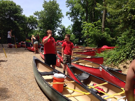 Green Acres Canoe and Kayak Rental: Pick a boat any boat