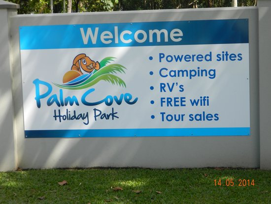 Palm Cove Holiday Park: Remember this place.