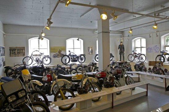 Huskvarna, Suecia: Part of the motor bike hall