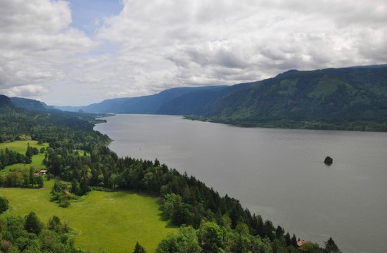 Carson Ridge Luxury Cabins: Columbia Gorge