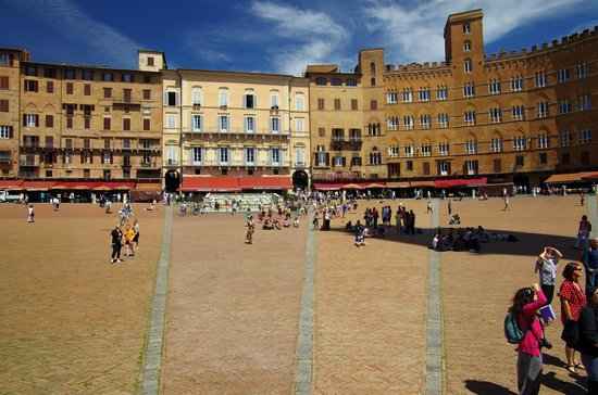 Walkabout Florence Tours : Площадь Ракушка, Сиена