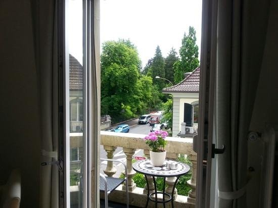 Beauvilla Bern B&B: View from our room 3rd floor