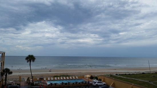 Quality Inn & Suites On The Beach : View from room 414