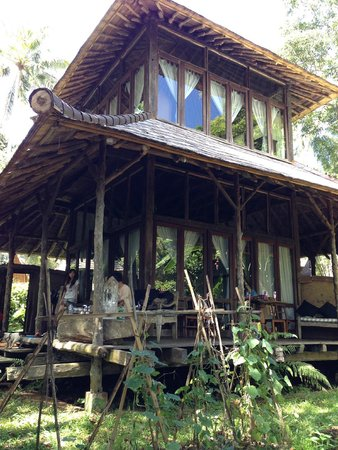 Bambu Indah: THE HOUSE