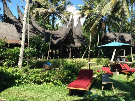 Bambu Indah: THE POOL AREA