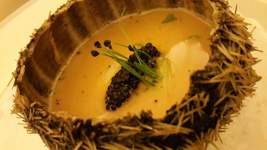 Outrigger Mauritius Beach Resort : Yummy Foarmy Cream of Sea Urchin