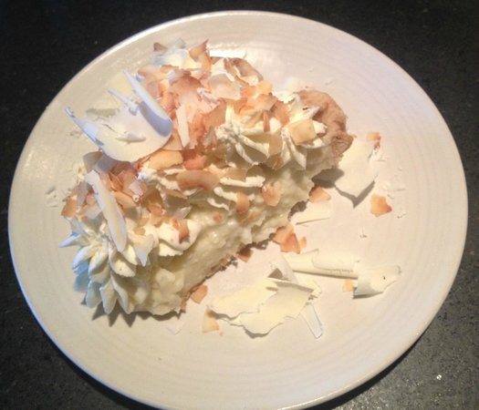 Etta's Seafood : Triple Coconut Cream Pie