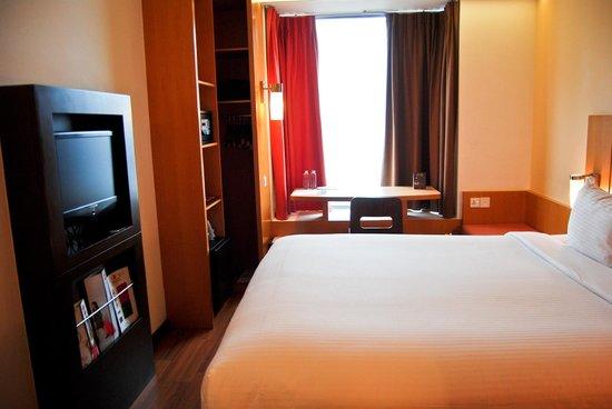 Ibis Singapore on Bencoolen: Bedroom