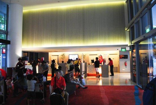 Ibis Singapore on Bencoolen: Hall