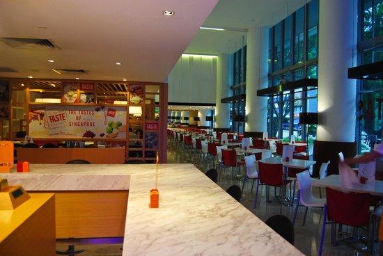 Ibis Singapore on Bencoolen: Sala ristorante
