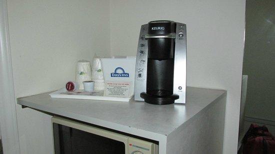 Days Inn - Ocean Shores: Coffee Maker